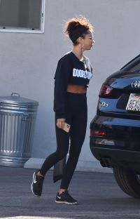 Sarah Hyland's Abs While Leaving the Gym