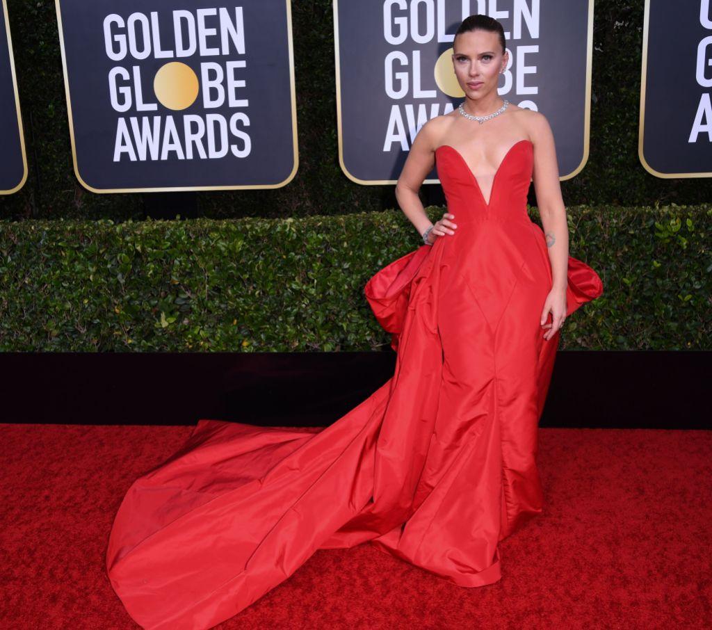 Scarlett Johansson Golden Globes Red Gown