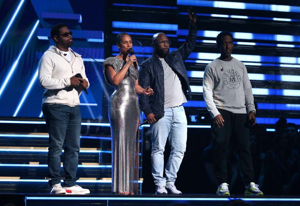 Alicia Keys Performing at the Grammys