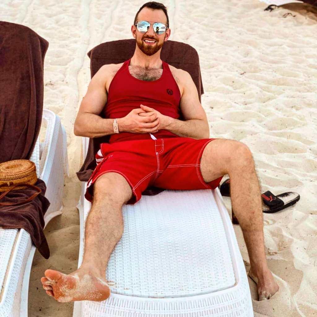 Cameron Hamilton's Sunglasses Beach Photo Might Prove He's Still With Lauren Speed