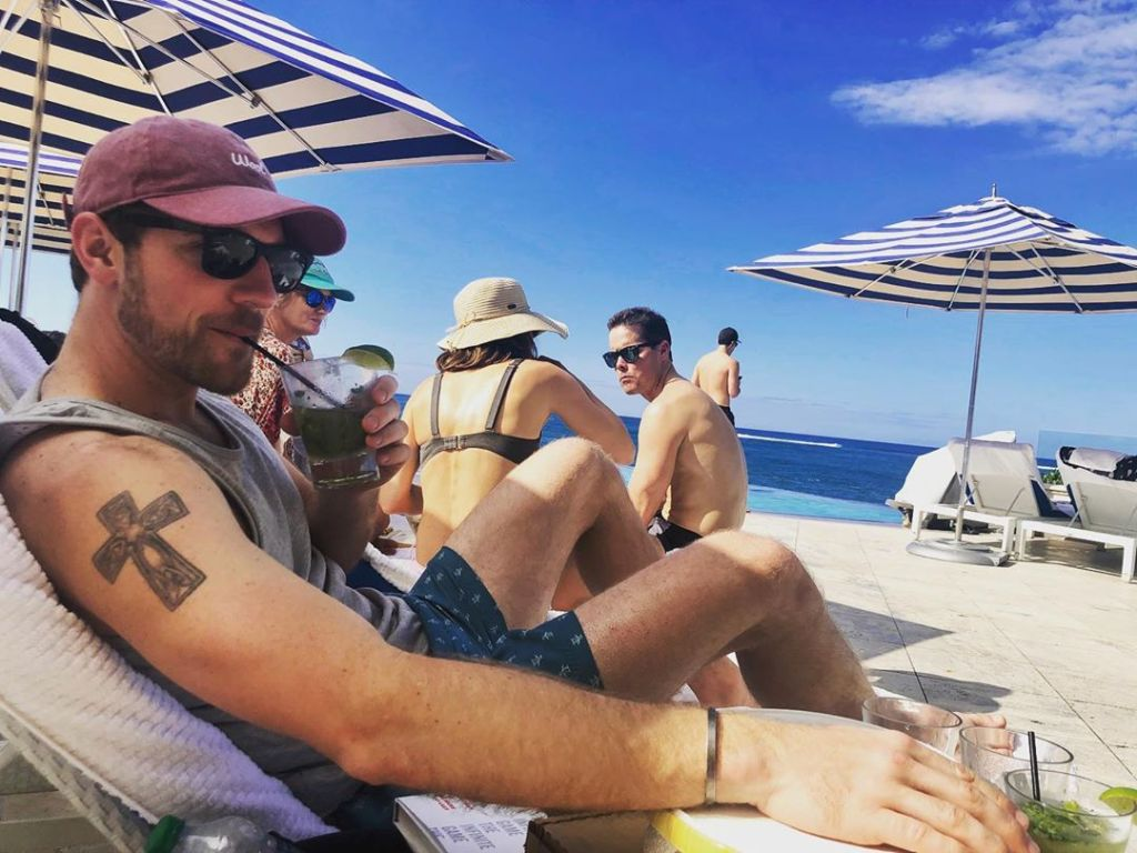 Love Is Blind Star Kenny Barnes Takes Puerto Rican Vacation