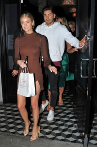Hannah Godwin and Dylan Barbour Have Dinner at Craig's With Family