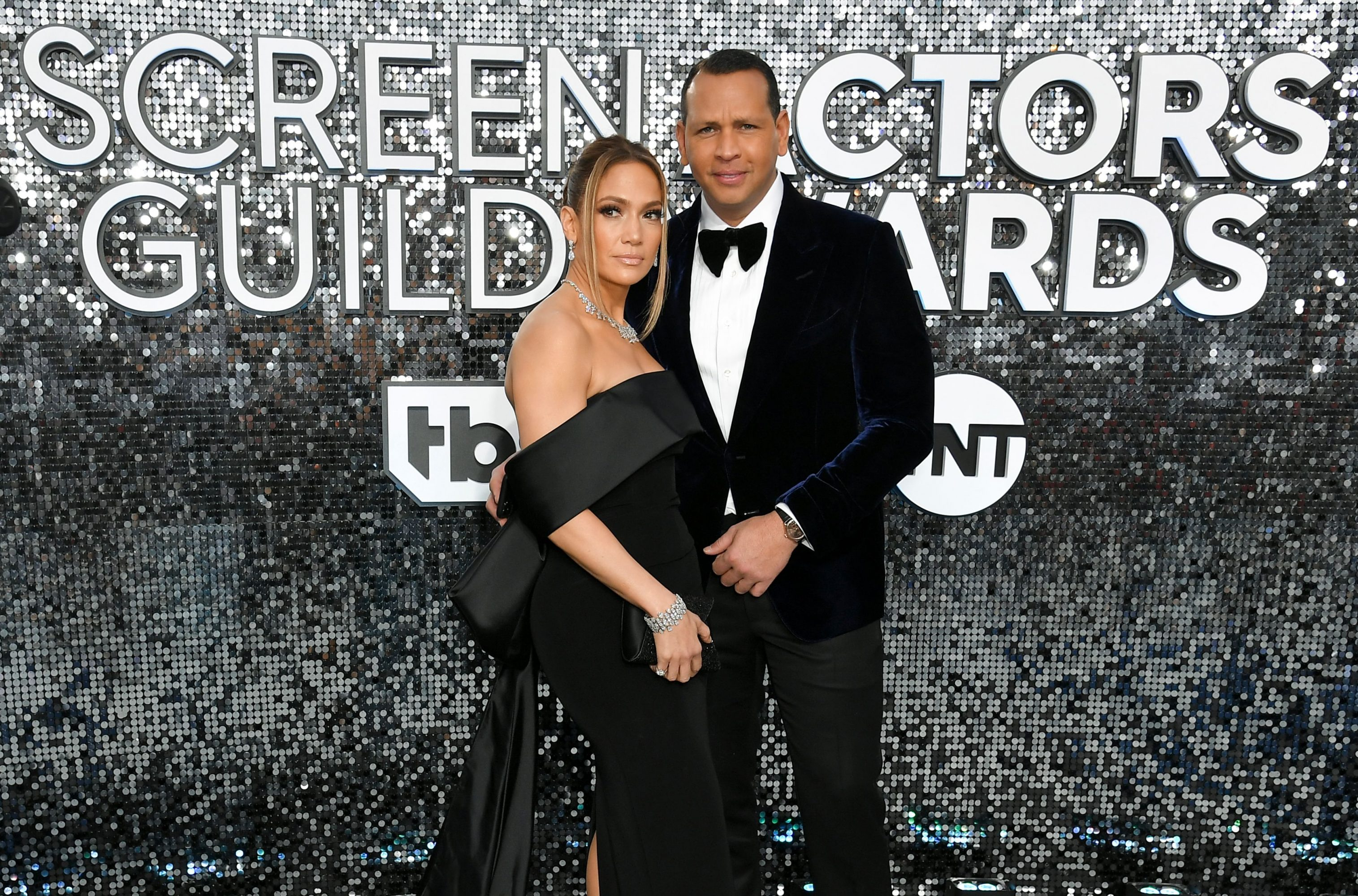 Jennifer Lopez And Alex Rodriguez Plan To Get Married This Summer