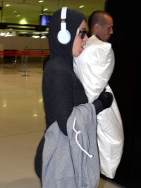 Katy Perry Leaves Airport