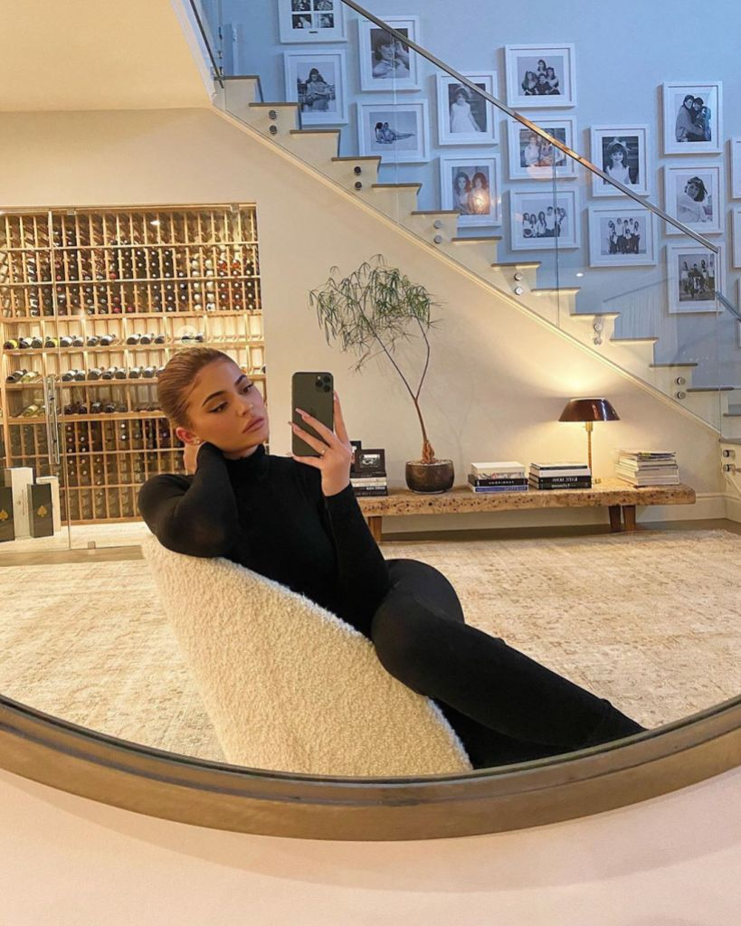 Kylie Jenner Snaps a Selfie in Her Foyer