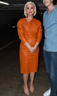 Pregnant Katy Perry Wears a Form-Fitting Orange Dress in Melbourne, Australia