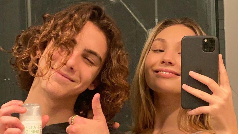 maddie-ziegler-boyfriend-selfie-in-quarantine