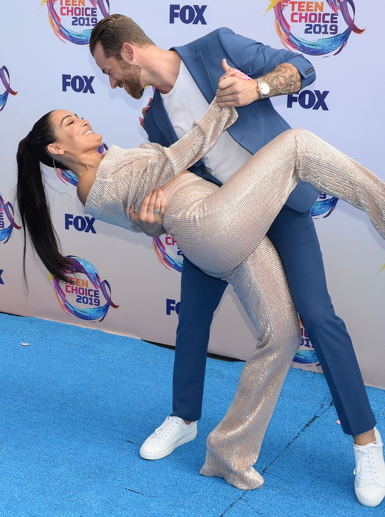 Nikki Bella And Artem Dance on Red Carpet for Teen Choice Awards