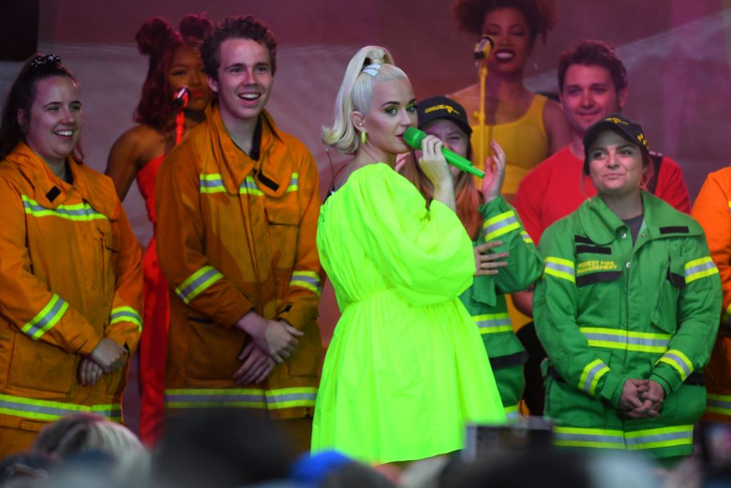 Katy Perry Baby Bump Neon Green Dress in Australia