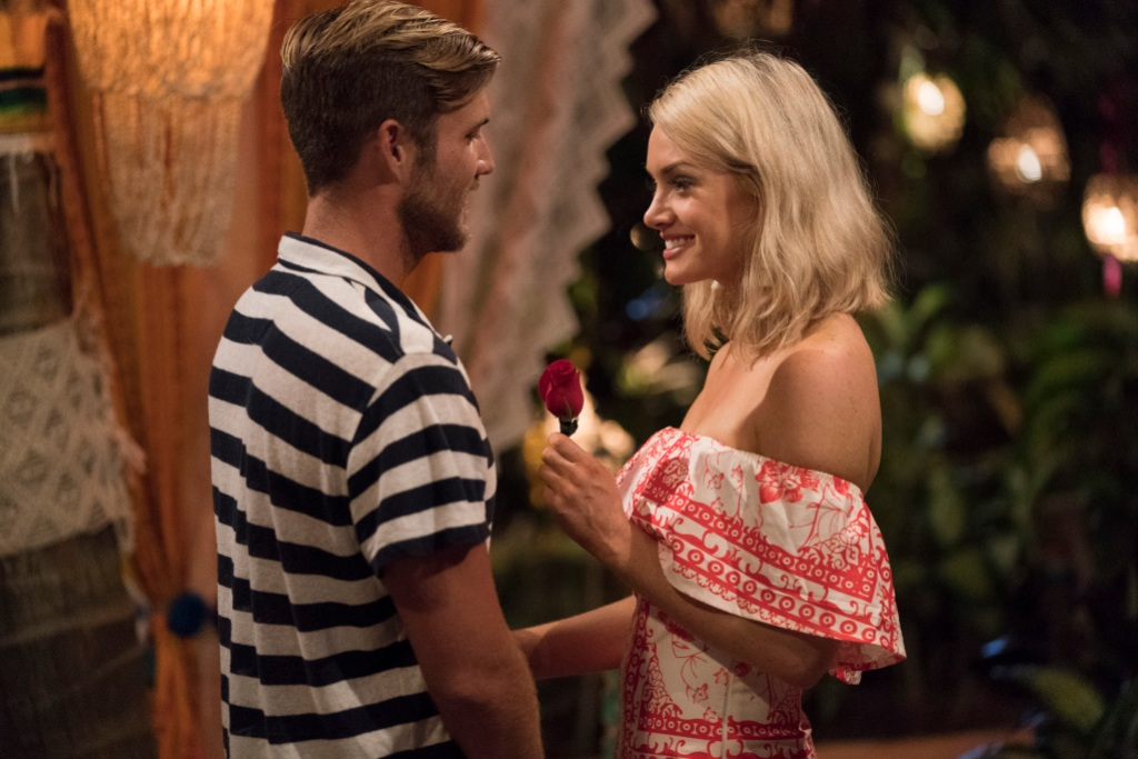 Bachelor in Paradise Rose Ceremony Jenna Cooper Gives Jordan Kimball a Rose