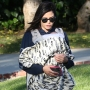 jenna-dewan-takes-baby-callum-for-walk-social-distancing