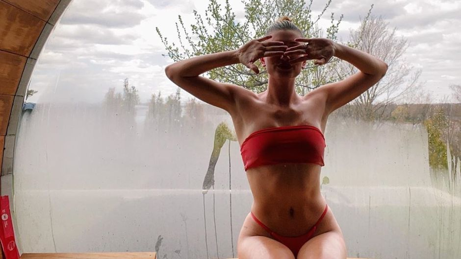 Hailey and Justin Bieber's Canada Home Features a Sauna