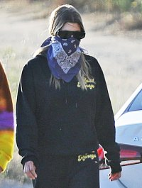 Sofia Richie Hikes With Friends Following Scott Disick Leaving Rehab