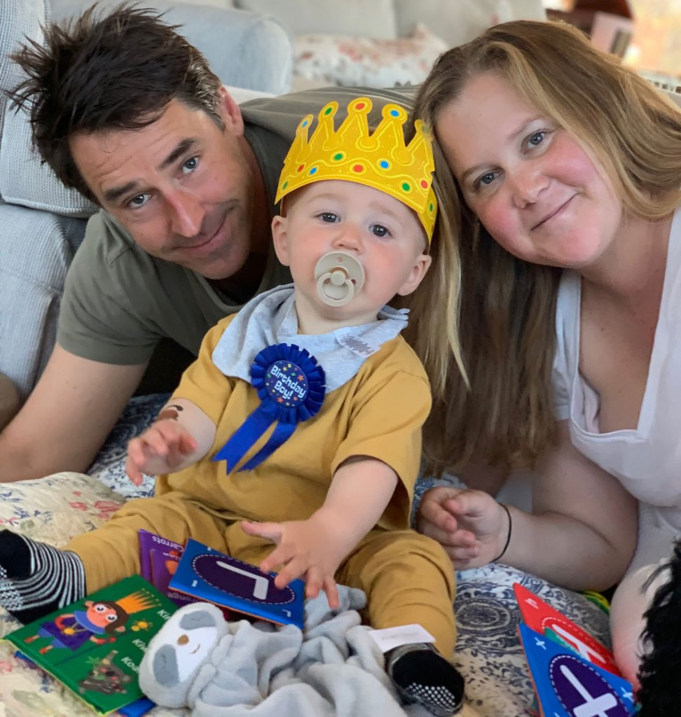 amy-schumer-son gene-first-birthday-at-home