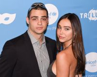 Noah Centineo and Alexis Ren Smile on Red Carpet With Glitter on Their Face