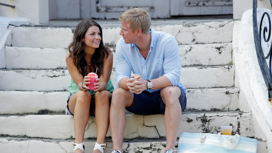 Bachelor Sean Lowe and Contestant Tierra LiCausi Sit Together on a Date