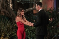 Jojo Fletcher Night One on Ben Higgins Season of the Bachelor