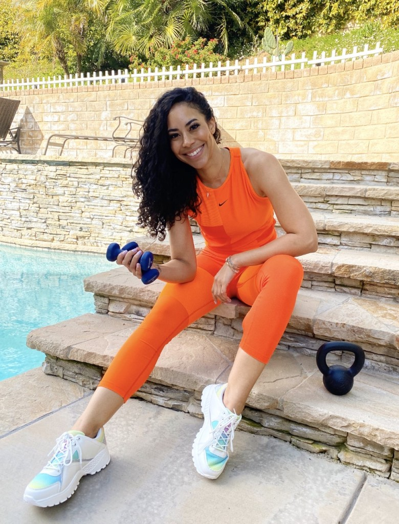 Bachelor Alum Leslie Hughes Works Out in Orange Outfit