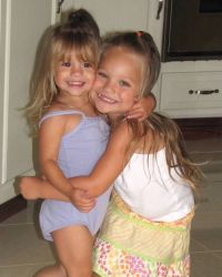 Maddie and Mackenzie Ziegler's Cutest Photos Over the Years