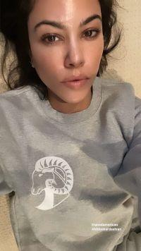 Kourtney Kardashian Makeup Free No Makeup