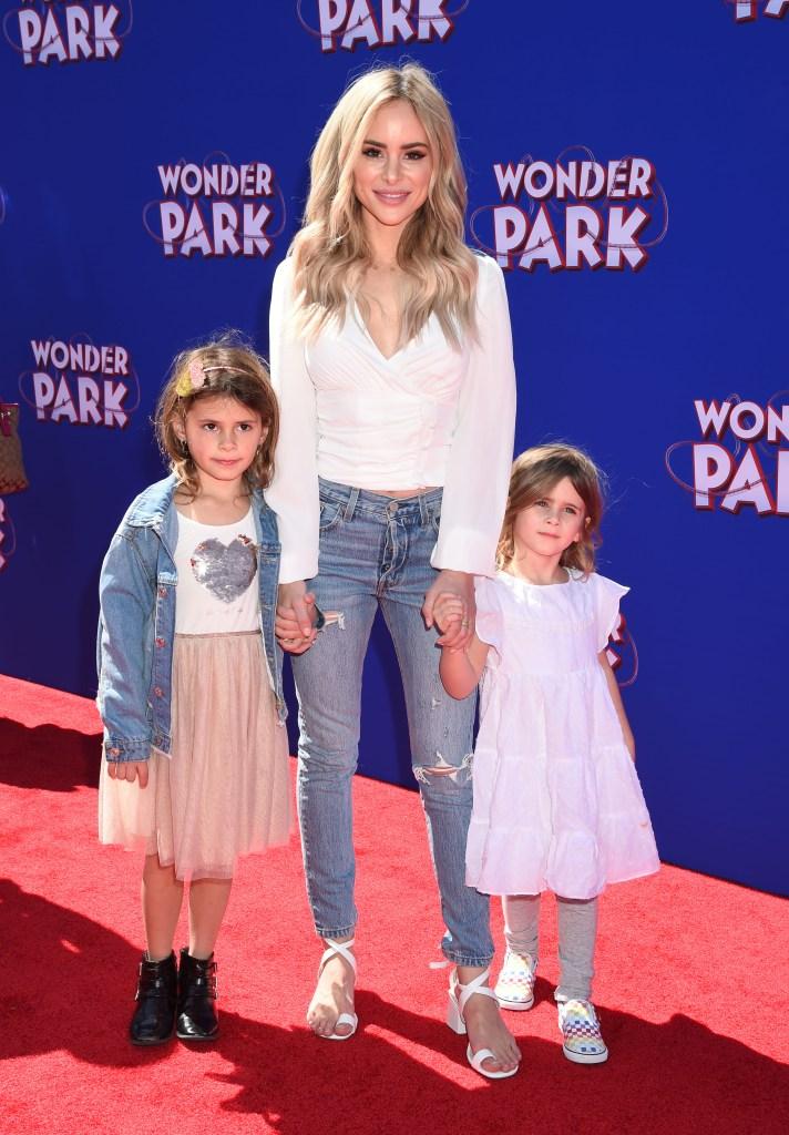 Bachelor Star Amanda Stanton Smiles With Daughters Kinsley and Charlie
