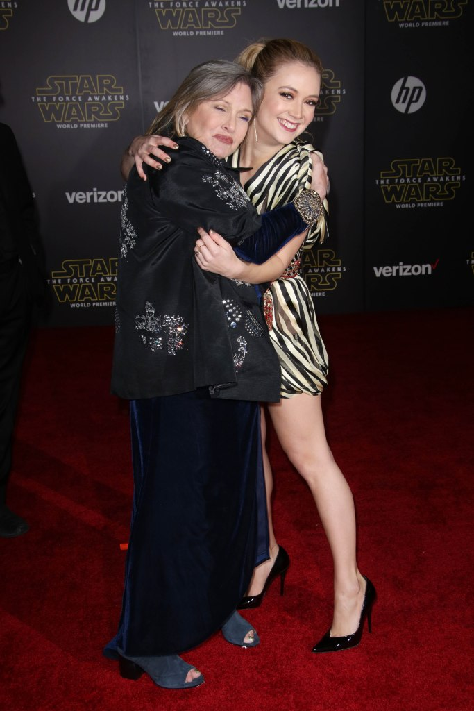 Billie Lourd and Carrie Fisher Hug on Red Carpet Before Her Death