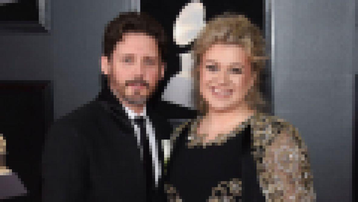 Kelly Clarkson and Husband Brandon Blackstock Smile Before Divorce
