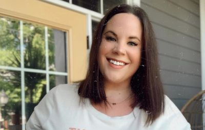 My Big Fat Fabulous Life Star Whitney Way Thore With Short Hair Smiles in Tshirt