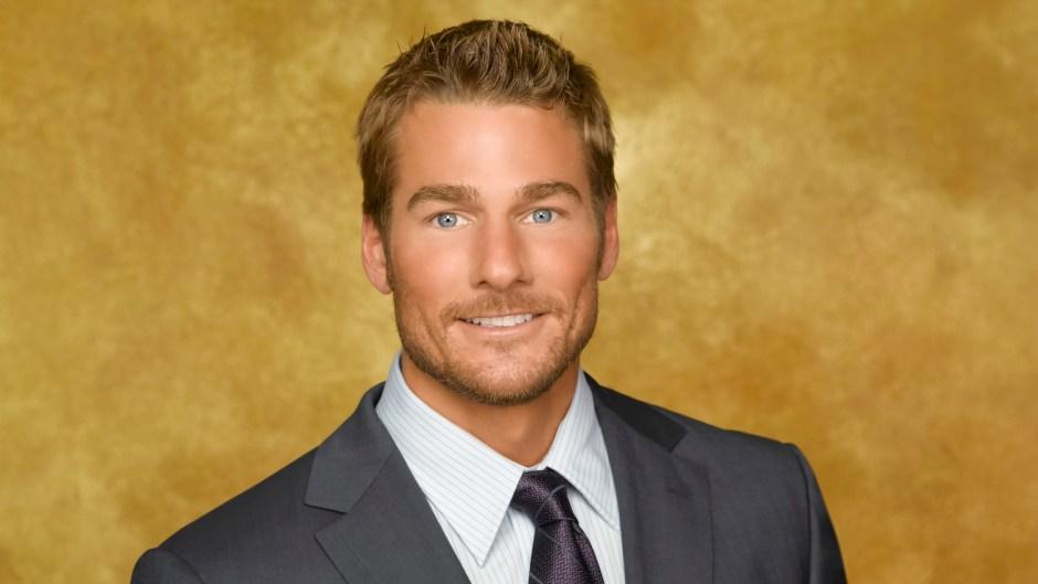 Bachelor Brad Womack Holds Rose