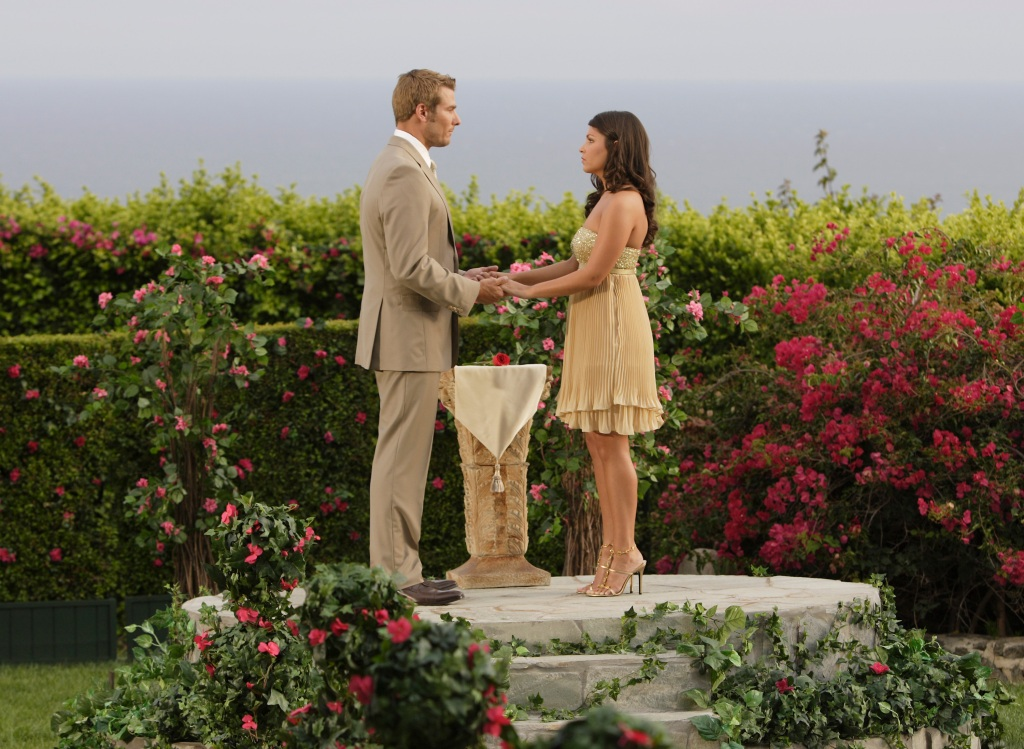 Brad Womack and Deanna Pappas During the Bachelor Finale
