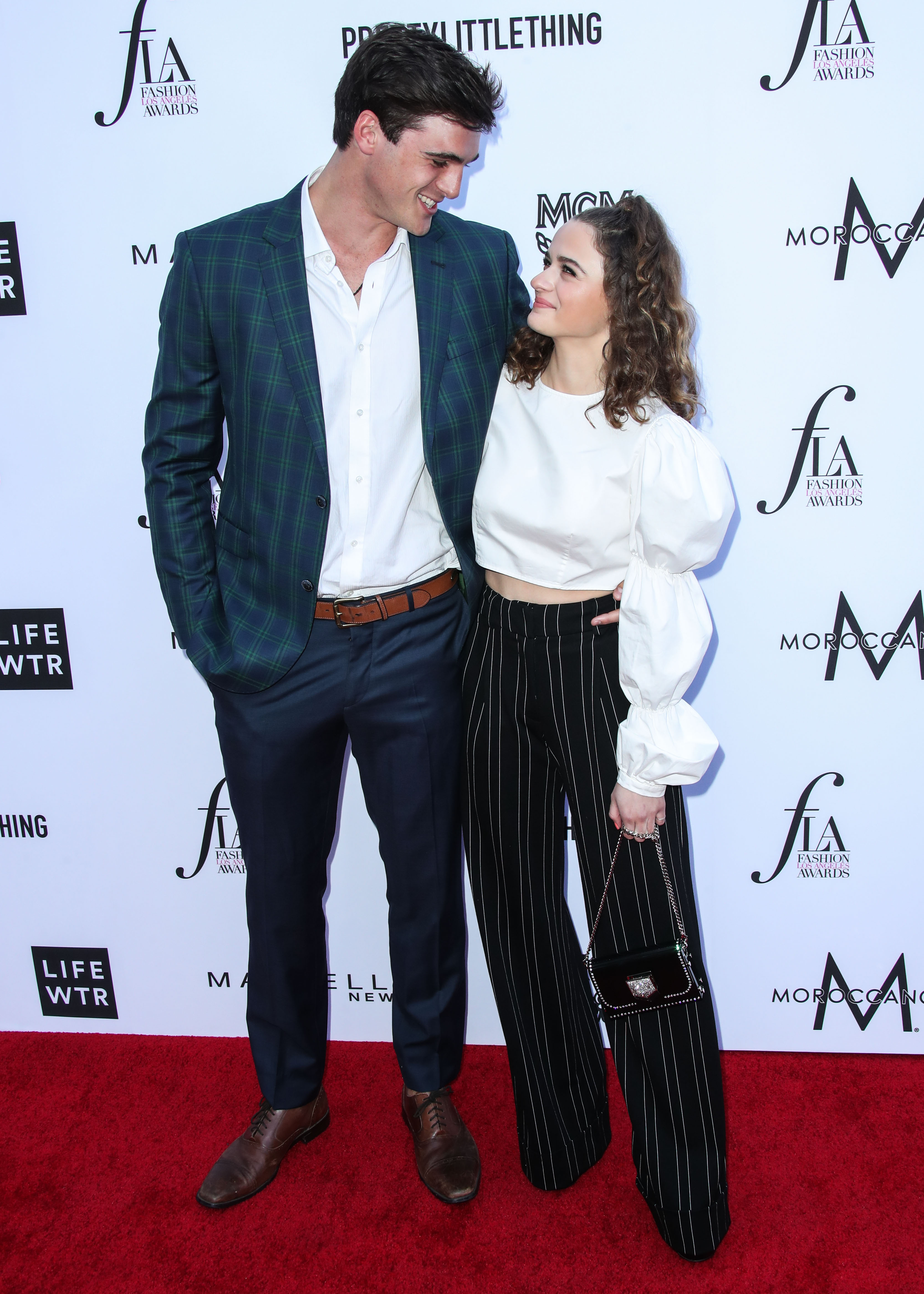 Joey King And Jacob Elordi A Timeline Of Their Relationship