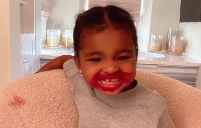 khloe-kardashian-true-lipstick