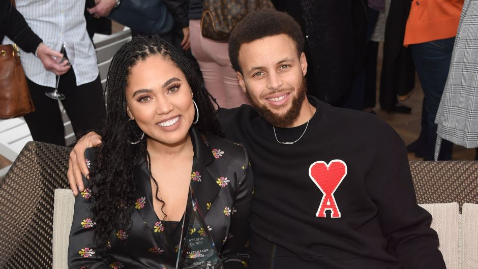 Stephen Curry and Ayesha Curry Sit together