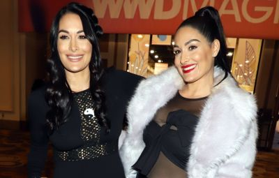 Celebrities React to Nikki and Brie Bella Giving Birth