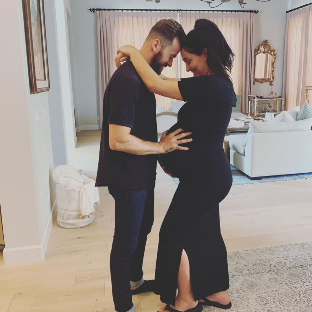 Nikki Bella Shares 'the Last Photo' of Her Baby Bump, Poses With Fiance Artem Chigvintsev