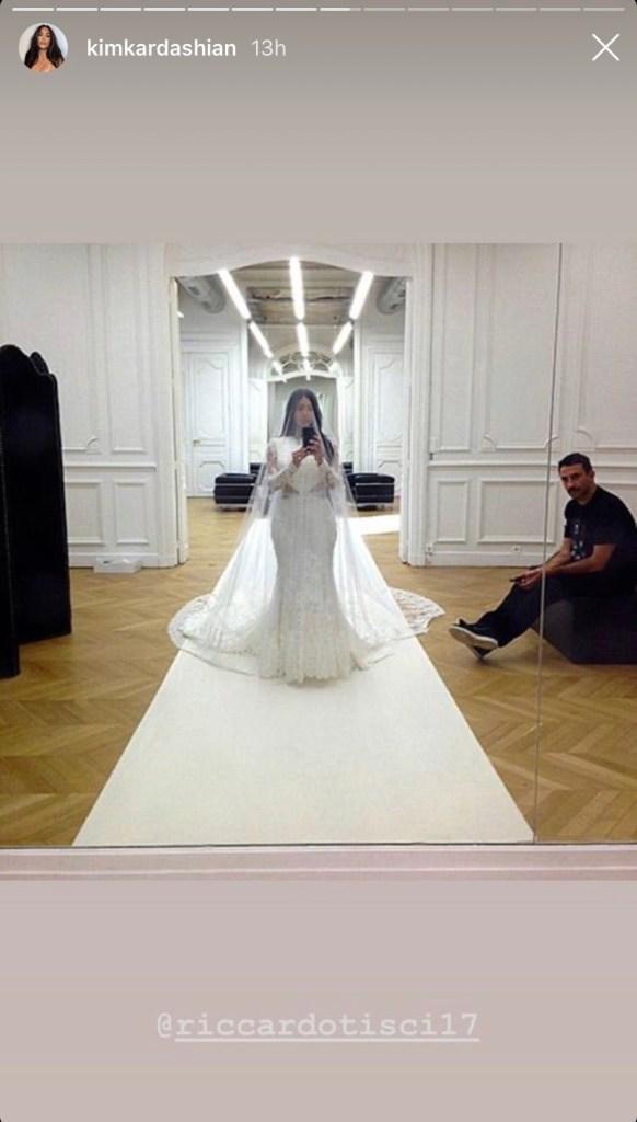 kim-kardashian-wedding-dress-kanye-west