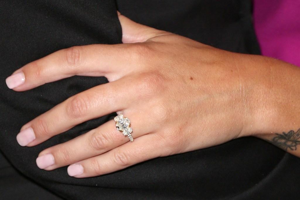 Becca Kufrin Engagement Ring From Garrett Yrigoyen