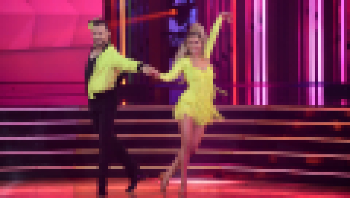 'Dancing With the Stars' Week 1 Scores, Costumes and Dances