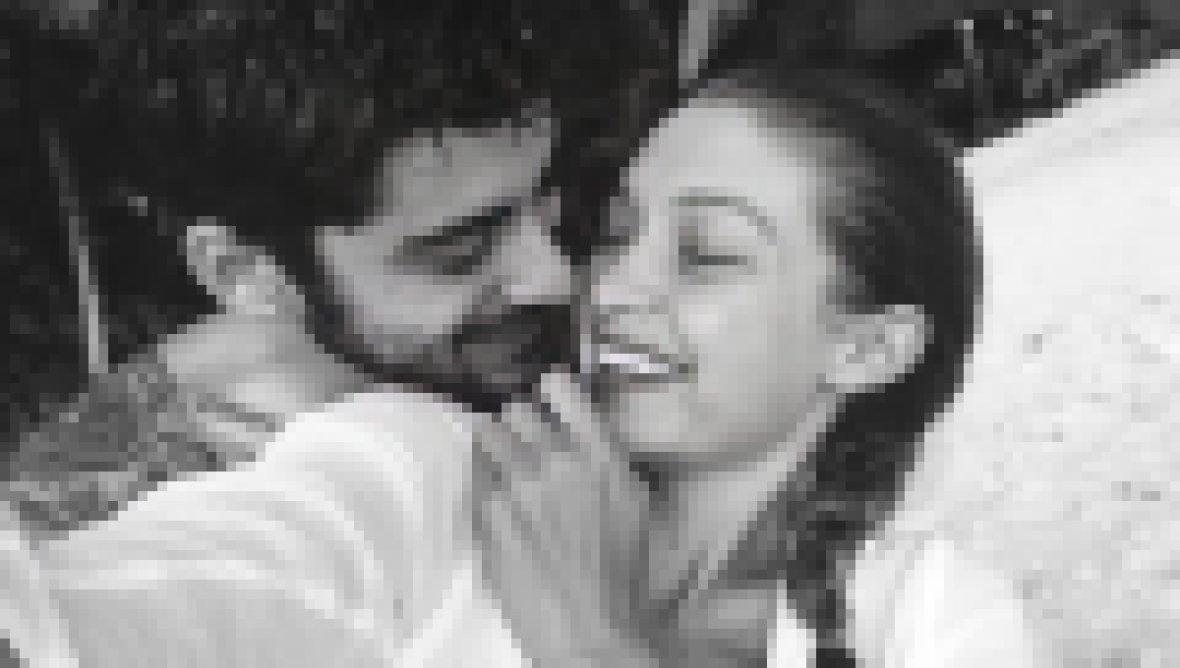 Celebrities React to Gigi Hadid and Zayn Malik's Baby Girl
