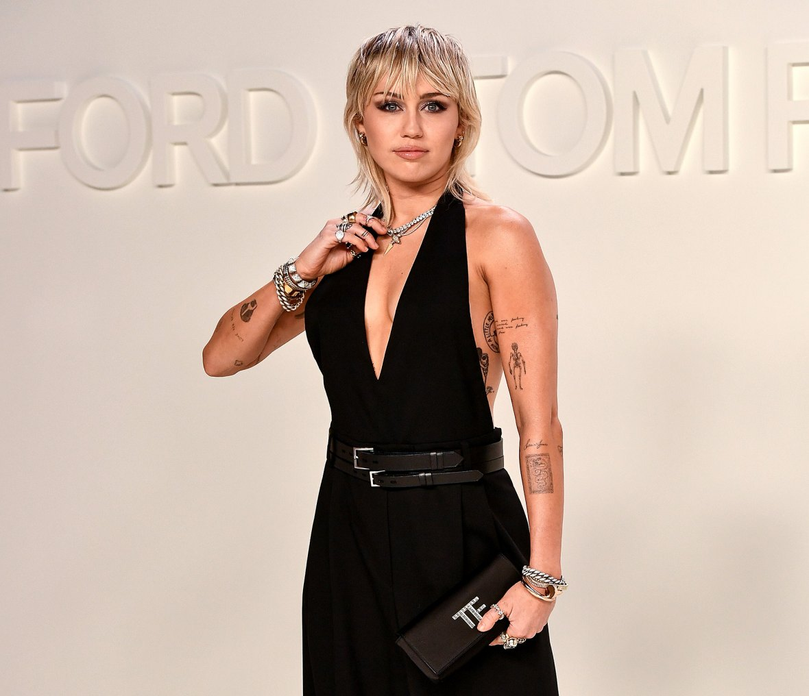 Miley Cyrus Single More Time To Strip After Cody Simpson Breakup
