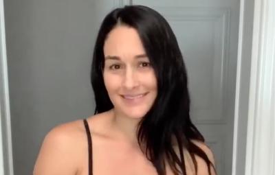 Nikki Bella Shares 18-Pound Weight Loss Plan 5 Weeks After Son's Birth