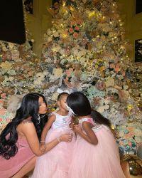cardi-b-daughter-kulture-christmas-decorations-2