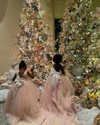 cardi-b-daughter-kulture-christmas-decorations-3