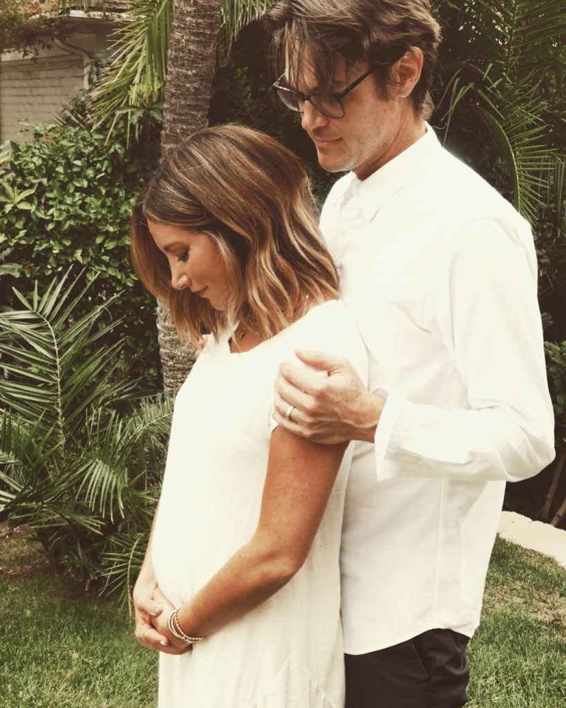 Ashley Tisdale Pregnant Expecting First Child With Husband Christopher French