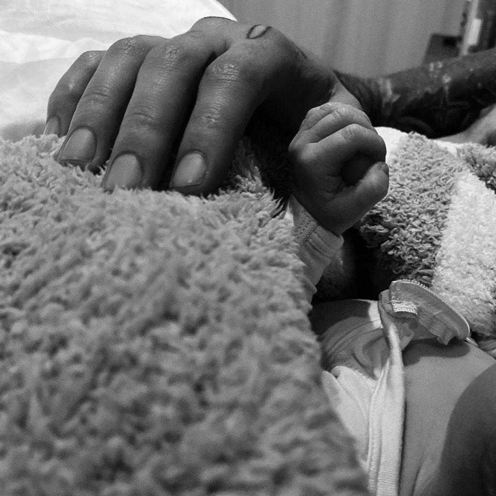 Gigi Hadid First Photo of Baby Girl With Zayn Malik
