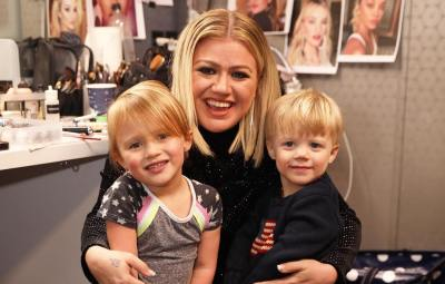 Kelly Clarkson Wants to 'Protect' Kids Amid Brandon Divorce