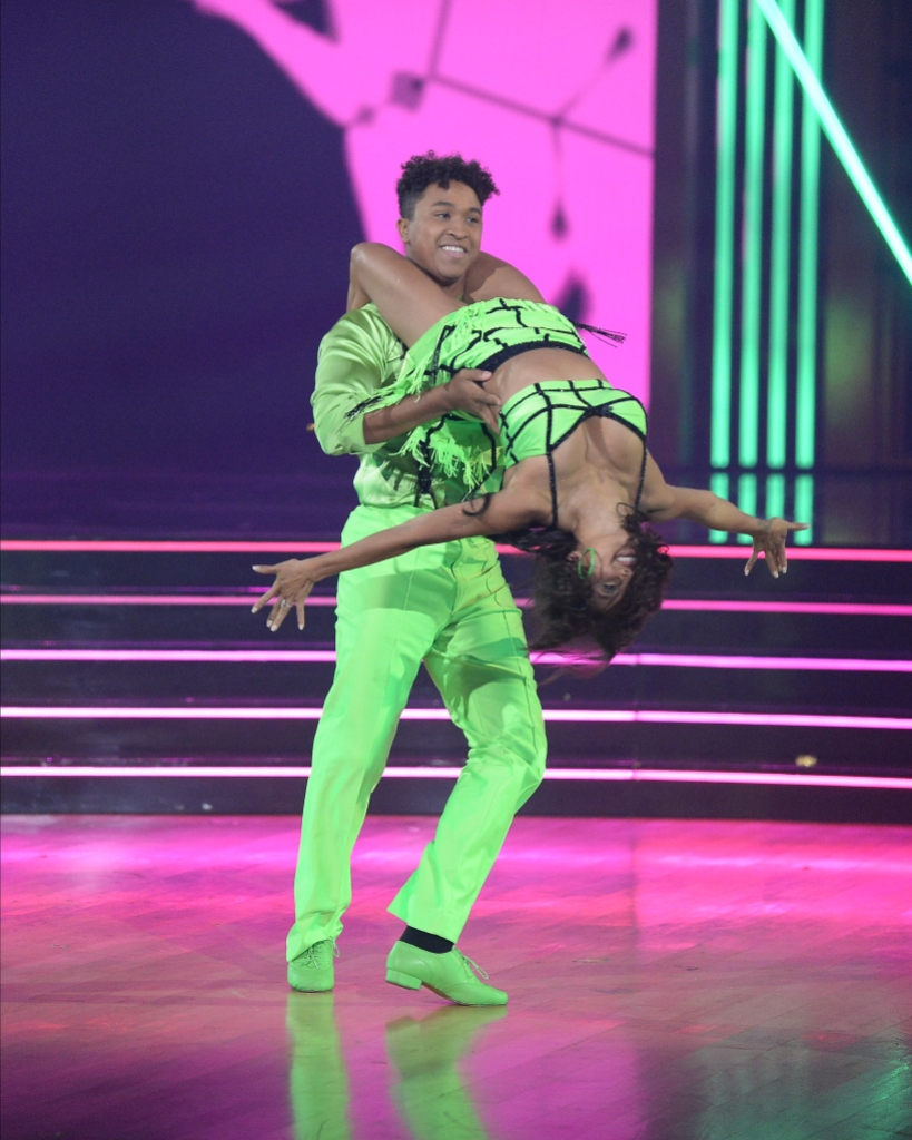 Dancing With the Stars Lift Rule BRANDON ARMSTRONG, JEANNIE MAI