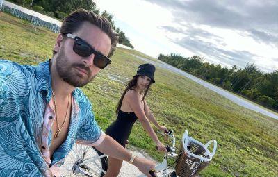 Back Together?! Kourtney Kardashian Shares Cute Vacation Selfies With Scott Disick