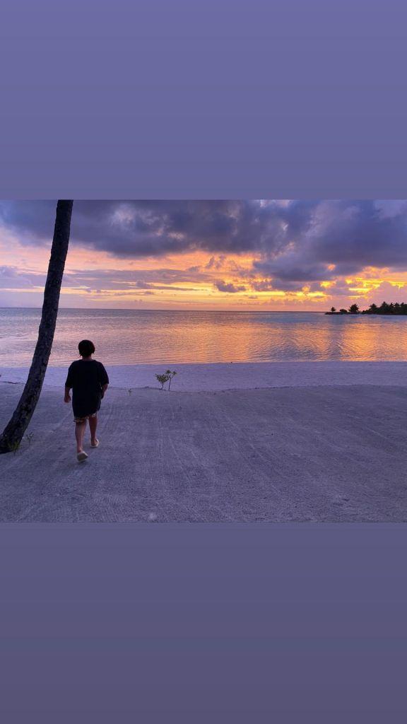Scott Disick Shares Sunset Beach Photo of Mason Disick in Tahiti