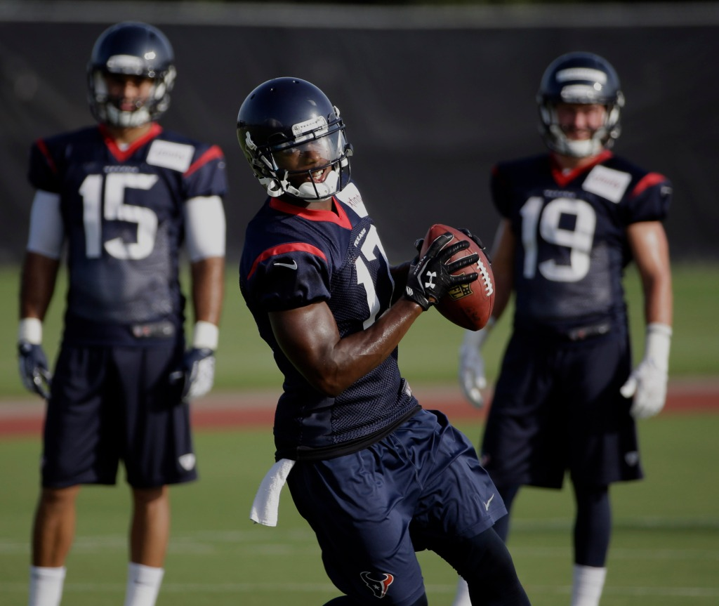 Bachelorette's Eazy Football Stats: What Team Did He Play For? Houston Texans